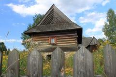 Altes polnisches Häuschen Stockfotos