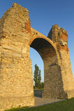 Altes römisches Gatter in der Sonnenuntergangleuchte Lizenzfreies Stockfoto