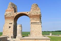 Altes römisches Stadt-Gatter (Heidentor) stockfoto