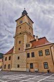 Altes Rathaus in Brasov Stockbilder