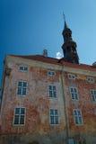 Altes Rathaus in Narva, Estland Stockbild