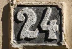 Altes Retro- Roheisenkennzeichen 24 Lizenzfreies Stockfoto