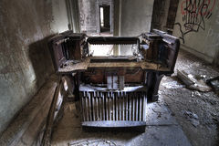 Altes Rohr-Organ lizenzfreies stockfoto