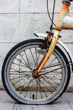 Altes rostiges Fahrrad Stockfotos