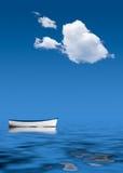 Altes Ruderboot ausgesetzt in Meer Stockfotos