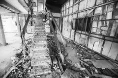 Altes ruiniertes errichtendes Treppenhaus Stockfoto
