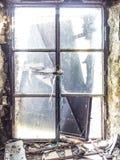 Altes ruiniertes Haus Stockfoto