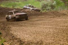 Altes ruiniertes Rennen der Autos auf Lager Stockfoto