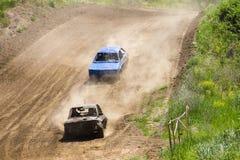 Altes ruiniertes Rennen der Autos auf Lager Lizenzfreies Stockfoto
