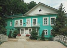 Altes russisches Haus lizenzfreie stockbilder