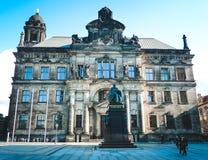 Altes schönes Gebäude des Land-Gerichtes in Dresden Stockbild