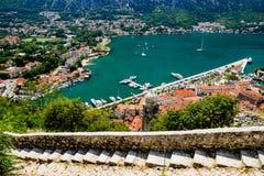 Altes Schloss Kotor tritt in Kotor, Montenegro Stockbild