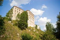 Altes Schloss vom 14 Jahrhundert in Pieskowa Skala Lizenzfreie Stockfotografie