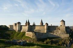 Altes Schloss von Kamenec-Podolskiy lizenzfreie stockfotografie
