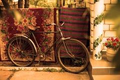 Altes sowjetisches Fahrrad der Weinlese Stockbild