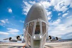 Altes sowjetisches Transportflugzeug IL-76 Stockfotografie