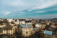 Altes Stadtpanorama Lembergs Ukraine, Europa, blauer bewölkter Himmel Lizenzfreies Stockfoto