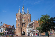 Altes Stadttor Sassenpoort in der historischen Stadt von Zwolle Stockbild