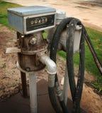 Altes Tanksäulemeter Lizenzfreie Stockfotografie