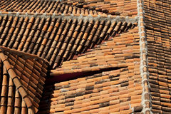 Altes teracotta Dach Lizenzfreies Stockfoto