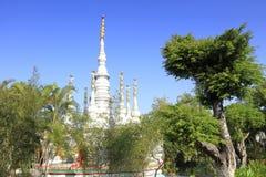 Altes thailändisches Art stupa, luftgetrockneter Ziegelstein rgb Lizenzfreie Stockbilder