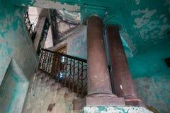 Altes Treppenhaus Stockfotos