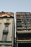 Altes und neues arhitecture Lizenzfreie Stockfotos