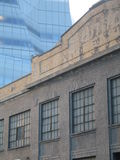 Altes und neues Gehry Gebäude Stockbild