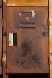 Altes und verrostetes Schließfach Stockbild