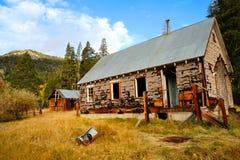 Altes verlassenes Haus Stockfotografie