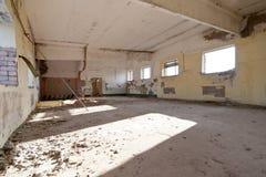 Altes verlassenes Haus Stockbilder