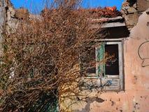 Altes, verlassenes kanarisches Häuschen, kränklich lizenzfreie stockfotografie