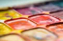 Altes verwendetes Aquarellfarbenmakro Stockfotografie