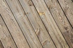Altes verwittertes Scheunenholz, Nägel, Stockfoto