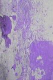 Altes Wandbeschaffenheitsschmutz-Hintergrund-, violettes und weißesschmutz-BAC Lizenzfreie Stockbilder