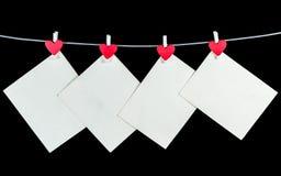 Altes weißes Briefpapier auf Schwarzem Stockbilder