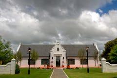Altes Weinkellereigebäude lizenzfreies stockfoto
