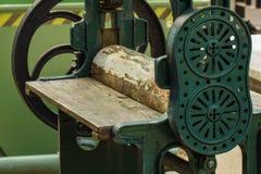 Altes Werkzeug des Metalls und hölzern Lizenzfreie Stockfotos