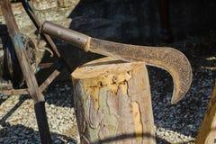 Altes Werkzeug im Bauernhof Stockfotografie