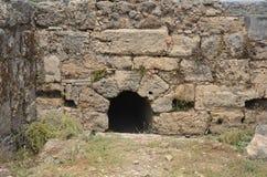 Altgriechische Antalyas Perge, das Abwassersystem Lizenzfreie Stockfotos