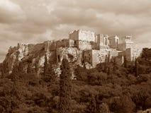 Altgriechischer Tempel auf der Akropolise von Athen, Griechenland im Sepia-Ton Lizenzfreies Stockbild