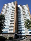 Alti appartamenti di aumento ad Abbey View, modo di Garsmouth, Watford immagini stock libere da diritti