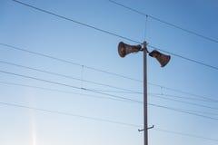 Altifalante com cabos Imagem de Stock