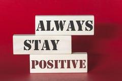 Altijd verblijfs positief citaat Stock Fotografie