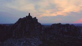 Altiplanicie cambiante Ridge en el crepúsculo en Reino Unido almacen de metraje de vídeo