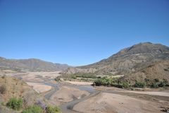 Altiplano är en vidsträckt platå i de Anderna bergen Royaltyfria Bilder