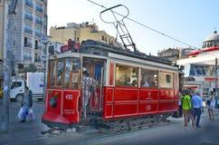 Altmodische rote Tram Stockfotografie