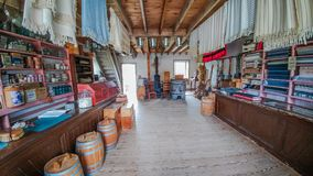 Altmodischer Gemischtwarenladen - Alte Welt Wisconsin stockbilder