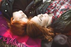 Alto ángulo de muchachas lesbianas foto de archivo libre de regalías