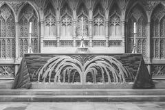 Alto altar en la abadía BW del baño Imágenes de archivo libres de regalías